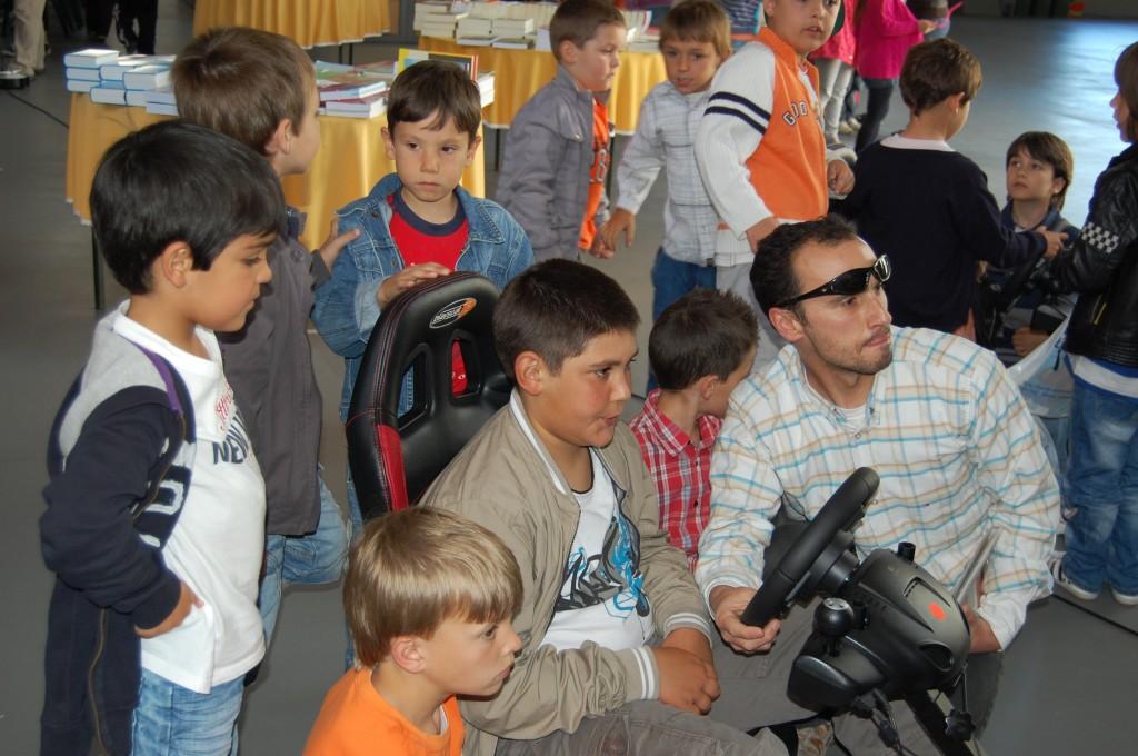 feira-do-livro-2011-3c2badia-122