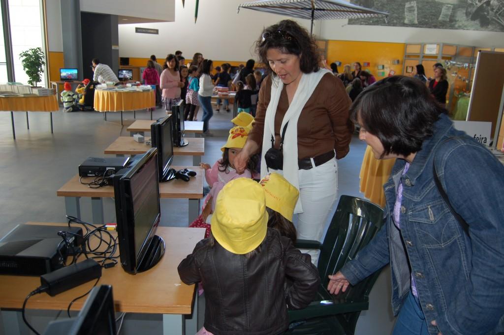 feira-do-livro-2011-3c2badia-80